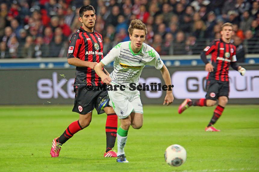 Patrick Hermann (Gladbach) gegen Carlos Zambrano (Eintracht) - Eintracht Franfurt vs. Borussia Mönchengladbach, Commerzbank Arena