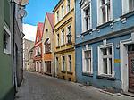 Zielona Góra (woj. lubuskie), 20.07.2013. Ulica Kościelna centrum miasta.
