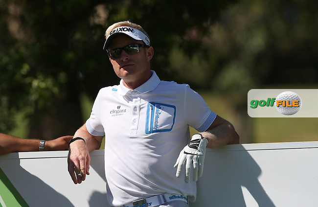 Simon Dyson (ENG) takes a pew during Round Two of the Tshwane Open 2015 at the Pretoria Country Club, Waterkloof, Pretoria, South Africa. Picture:  David Lloyd / www.golffile.ie. 13/03/2015