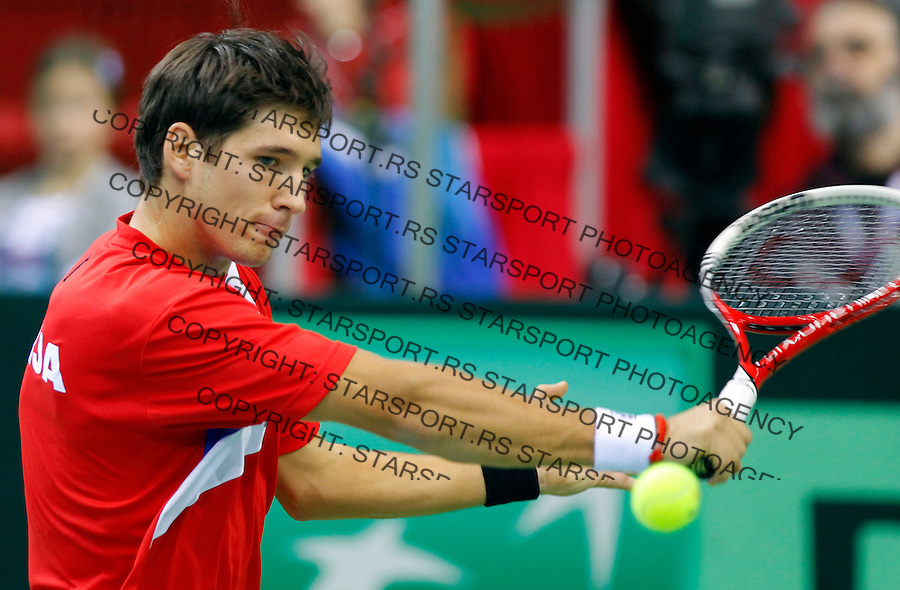 Dusan Lajovic (SRB) - Filip Prpic (SWE) Davis Cup, World Group, 1st Round, Srbia - Sweden, Nis, Serbia, Sunday, February 12, 2011.   (photo: Pedja Milosavljevic / thepedja@gmail.com / +381641260959)