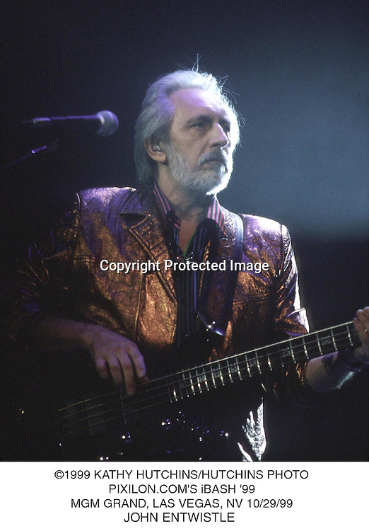 ©1999 KATHY HUTCHINS/HUTCHINS PHOTOS.PIXILON.COM'S iBASH '99.MGM GRAND, LAS VEGAS, NV 10/29/99.JOHN ENTWISTLE