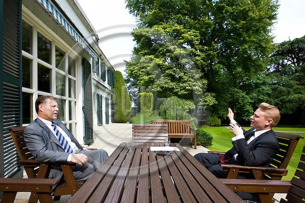 BRUSSELS - BELGIUM - 18 JUNE 2008 -- Eikka KOSONEN (Le), the departing EU-Ambassador at his Brussels residence in Krainem during an interview with Tuomas MURAJA, correspondent for Turun Sanomat.  -- PHOTO: Juha ROININEN / EUP-IMAGES