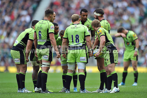 Northampton players have a word during a break in play. Aviva Premiership Final, between Saracens and Northampton Saints on May 31, 2014 at Twickenham Stadium in London, England. Photo by: Patrick Khachfe / JMP