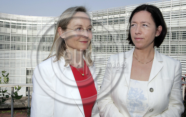 BRUSSELS - BELGIUM - 11 MAY 2006 -- Stine LUNDIN ANDRESEN (L), Director of the EFTA Financial Mechanism Office and Ingrid SCHULERUD, Deputy Director General for Central Europe and EEA-financing. (The EU-Commission building Berlaymont in the background). -- PHOTO: JUHA ROININEN / EUP-IMAGES..(Ingrid SCHULERUD is the wife of the Norwegian Prime Minister.)
