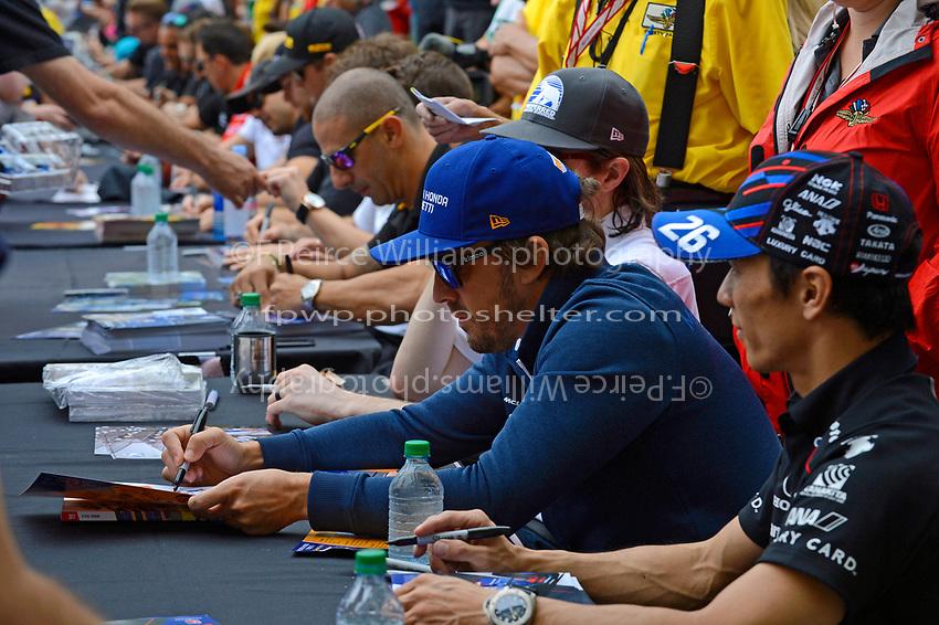 Verizon IndyCar Series<br /> Indianapolis 500 Drivers Meeting<br /> Indianapolis Motor Speedway, Indianapolis, IN USA<br /> Saturday 27 May 2017<br /> Driver's autograph session: Fernando Alonso, McLaren-Honda-Andretti Honda<br /> World Copyright: F. Peirce Williams