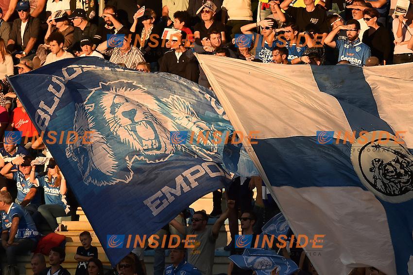 Empoli supporters protect themselves from the sun <br /> Empoli 30-10-2016 Stadio Castellani <br /> Football Calcio Serie A 2016/2017 Empoli - AS Roma Foto Andrea Staccioli / Insidefoto