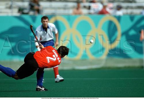 Action during a Men's game between Great Britain & Korea Atlanta Olympics 96 Photo:Glyn Kirk/Action Plus...1996.Rings.ball sports.olympics.olympic games.field hockey.male