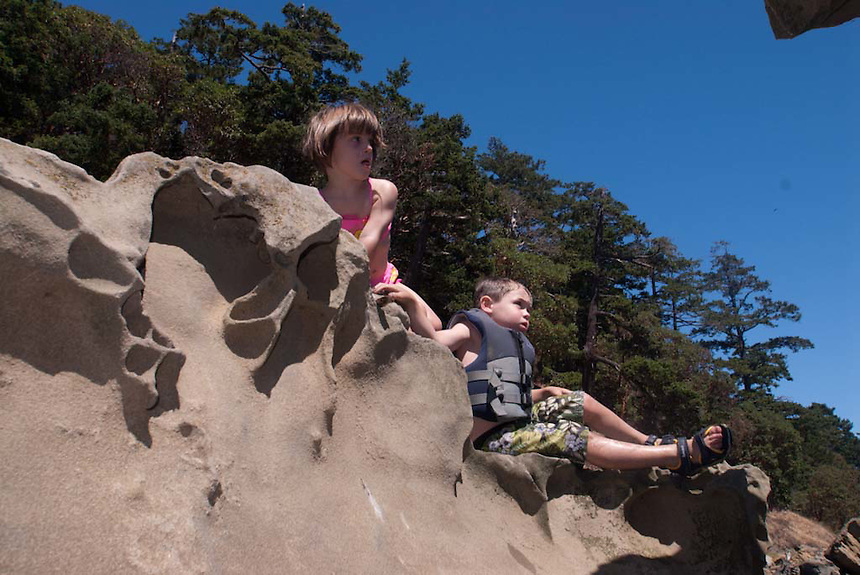 Dylan and Eliza at Sucia Island, San Juan Islands, Washington, US