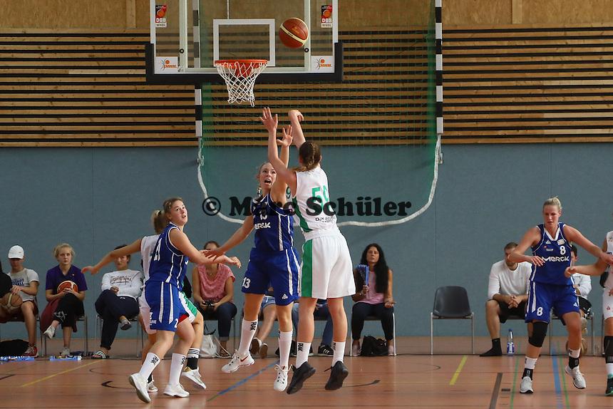 Förner (Bamberg) wirft gegen Christina Krick (SG Weiterstadt)