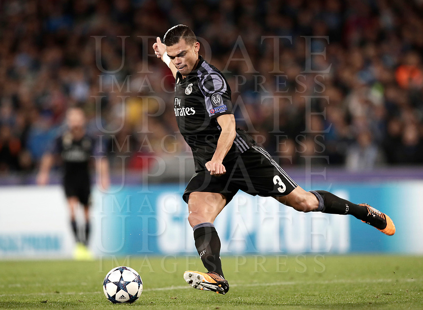 Football Soccer: UEFA Champions League Round of 16 second leg, Napoli-Real Madrid, San Paolo stadium, Naples, Italy, March 7, 2017. <br /> Real Madrid's Pepe in action during the Champions League football soccer match between Napoli and Real Madrid at the San Paolo stadium, 7 March 2017. <br /> Real Madrid won 3-1 to reach the quarter-finals.<br /> UPDATE IMAGES PRESS/Isabella Bonotto