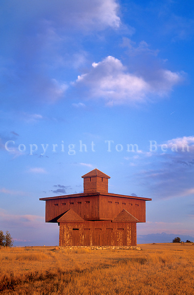 Blockhouse, a replica of 1872 infantry post, at Abraham Lincoln State Park, Mandan, North Dakota, AGPix_0331.
