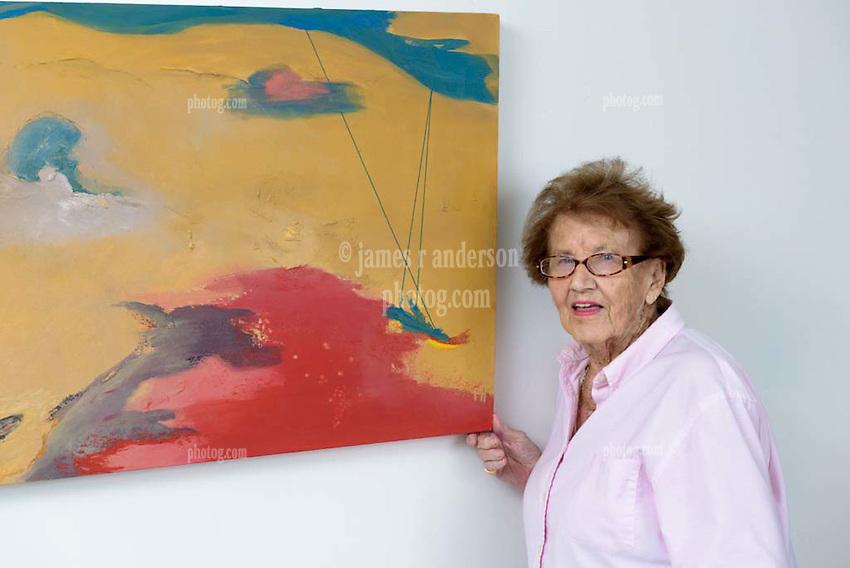 Frieda Howling Portrait with Artwork in Studio July 2016