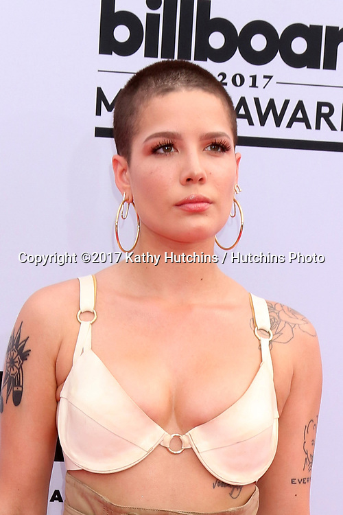 LAS VEGAS - MAY 21:  Halsey at the 2017 Billboard Music Awards - Arrivals at the T-Mobile Arena on May 21, 2017 in Las Vegas, NV