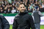 08.03.2019, Weserstadion, Bremen, GER, 1.FBL, Werder Bremen vs FC Schalke 04<br /> <br /> DFL REGULATIONS PROHIBIT ANY USE OF PHOTOGRAPHS AS IMAGE SEQUENCES AND/OR QUASI-VIDEO.<br /> <br /> im Bild / picture shows<br /> Domenico Tedesco (Trainer FC Schalke 04) vor Spielbeginn, <br /> <br /> Foto &copy; nordphoto / Ewert