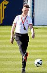 Nederland,Katwijk, 6 september 2012.seizoen 2012/2013.Het Nederlands elftal traint bij Quick boys in Katwijk .Bondscoach Louis van Gaal in actie met de bal