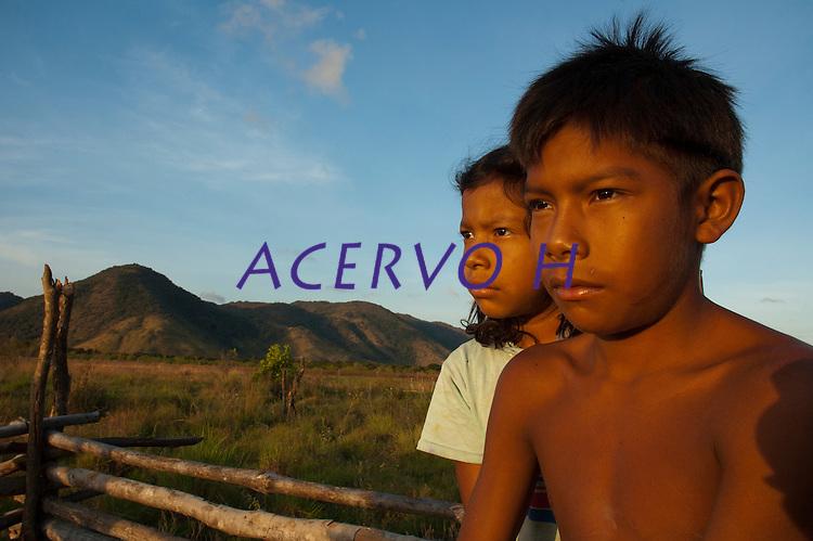 Comunidade indígena  Macuxí, Raposa Serra do Sol.<br /> Normandia, Roraima, Brasil.<br /> Foto Paulo Santos<br /> <br /> 2004