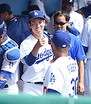 (L-R) Kenta Maeda, Dave Roberts (Dodgers),<br /> MARCH 5, 2016 - MLB :<br /> Kenta Maeda of the Los Angeles Dodgers gets a fist bump from manager Dave Roberts in the dugout before a spring training baseball game against the Arizona Diamondbacks at Camelback Ranch-Glendale in Phoenix, Arizona, United States. (Photo by AFLO)
