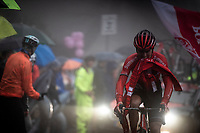 Chris Hamilton (AUS/Sunweb) up the extremely wet, cold & misty Cole di Mortirolo <br /> <br /> Stage 16: Lovere to Ponte di Legno (194km)<br /> 102nd Giro d'Italia 2019<br /> <br /> ©kramon