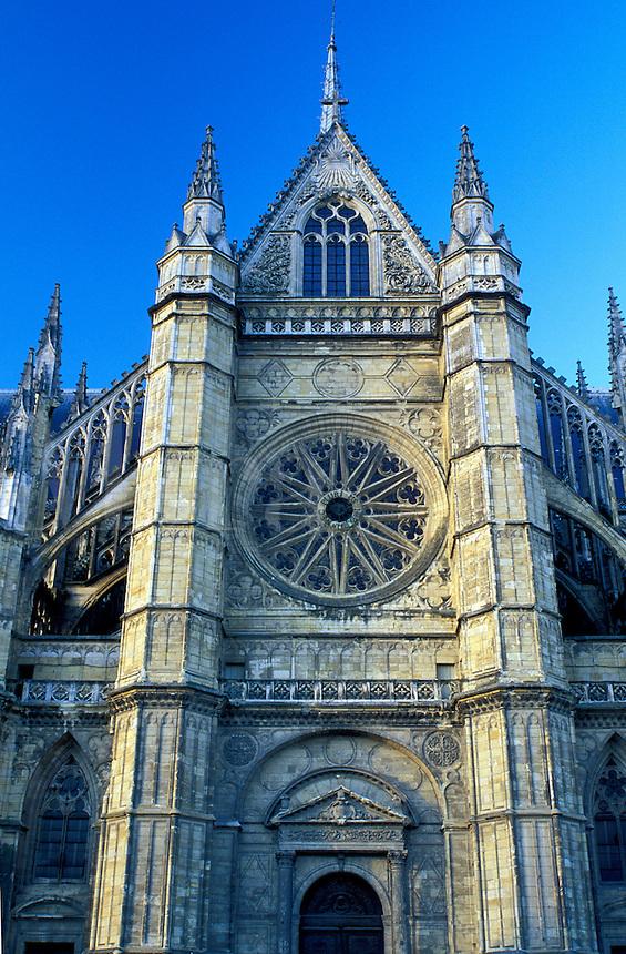 church, Orleans, France, Loire Valley, Loire Castle Region, Loiret, Centre, Europe, Cathedrale Sainte-Croix in the town of Orleans.