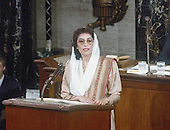 Washington, D.C. - (FILE) -- Prime Minister Benazir Bhutto of Pakistan addresses a joint session of the United States Congress in Washington, D.C. on Wednesday, June 7, 1989.  Bhutto was assassinated in Rawalpindi, Pakistan on Thursday, December 27, 2007 after appearing at a campaign rally there..Credit: Howard L. Sachs / CNP