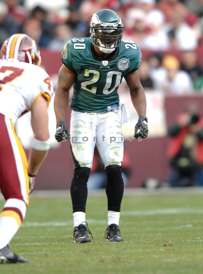 BRIAN DAWKINS, of the Philadelphia Eagles in action during the Eagles game against the Washington Redskins on November 11, 2007 in Landover, Maryland...Eagles  win 33-25..SportPics