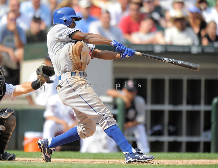 JUAN PIERRE,of the Los Angeles Dodgers, in action during the Dodgers game against the Chicago White Sox on June 25, 2009 at U.S. Cellular Field in Chicago, IL.  The White Sox win in 13 innings 6-5