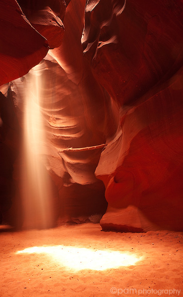 Sun beam in Lower Antelope Slot Canyon