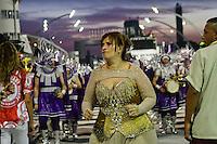 SAO PAULO, SP, 16 DE FEVEREIRO 2013 - CARNAVAL SP - DESFILE DAS CAMPEÃS  - A presidente Solange Bichara durante o desfile da escola  samba Mocidade Alegre: Campeã do Carnaval, no Sambódromo do Anhembi na região norte da capital paulista, na manhã  deste sábado, 16. (FOTO:  LOLA OLIVEIRA / BRAZIL PHOTO PRESS).