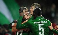 USSBALL   1. BUNDESLIGA    SAISON 2012/2013    10. Spieltag   Werder Bremen - FSV Mainz 05                             04.11.2012 Jubel nach dem 2:1: Niclas Fuellkrug, Aaron Hunt, Sebastian Proedl und Assani Lukimya (v.l., alle  SV Werder Bremen)