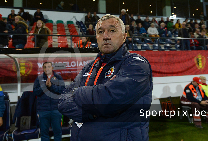 20171020 - LEUVEN , BELGIUM : Romanian head coach Mirel Albon pictured during the female soccer game between the Belgian Red Flames and Romania , the second game in the qualificaton for the World Championship qualification round in group 6 for France 2019, Friday 20 th October 2017 at OHL Stadion Den Dreef in Leuven , Belgium. PHOTO SPORTPIX.BE   DAVID CATRY