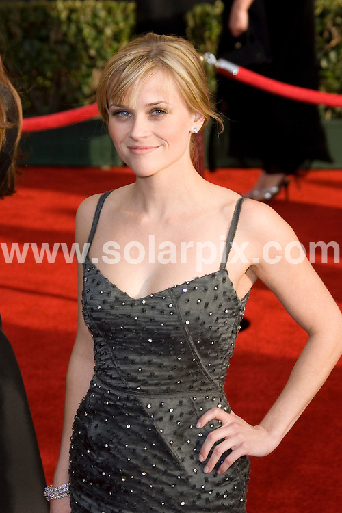 ALL ROUND PICTURES BY SOLARPIX.COM .**MUST CERDIT SOLARPIX.COM OR DOUBLE FEE WILL BE CHARGED**.**FOR SYNDICATION IN UK,DUBAI,AUS AND S.AFRICA**.The 13th Annual Screen Actors Guild Awards in Press Room at the Shrine Auditorium in Los Angeles, California in the USA..This pic:REESE WITHERSPOON..DATE:31_01_07       JOB REF:3292-PHZ