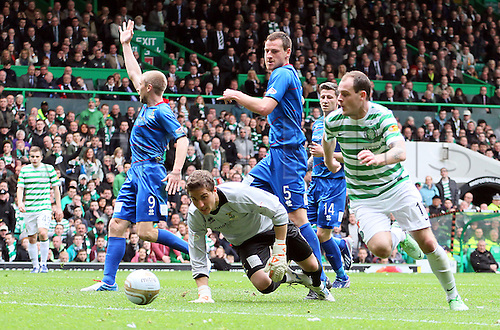 21.04.2013 Glasgow, Scotland. Anthony Stokes beats Antonia Reguero but is flagged offside  during the Scottish Premier League game between Celtic and Inverness Caledonian Thistle from Celtic Park.