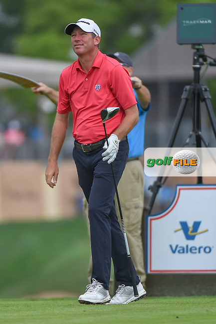 Jim Herman (USA) watches his tee shot on 11 during day 1 of the Valero Texas Open, at the TPC San Antonio Oaks Course, San Antonio, Texas, USA. 4/4/2019.<br /> Picture: Golffile | Ken Murray<br /> <br /> <br /> All photo usage must carry mandatory copyright credit (© Golffile | Ken Murray)