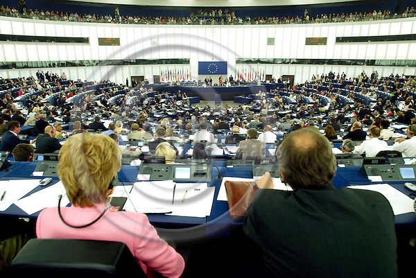 STRASBOURG - FRANCE  -21 JULY 2004--The Hemicycle at the European Parliament in Strasbourg.--PHOTO: ERIK LUNTANG / EUP-IMAGES