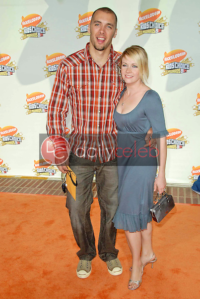 Mark Wilkerson and Melissa Joan Hart<br />at Nickelodeon's 20th Annual Kids' Choice Awards. Pauley Pavillion, Westwood, CA. 03-31-07<br />Dave Edwards/DailyCeleb.com 818-249-4998