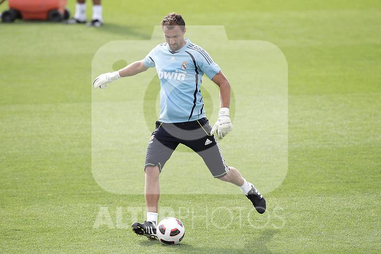 MADRID (10/08/2010).- Real Madrid training session at Valdebebas, Real Madrid City. Jerzy Dudek...Photo: Cesar Cebolla / ALFAQUI