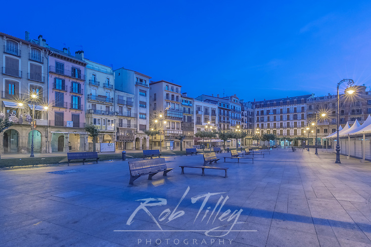 Spain, Pamplona, Plaza del Castillo at Dawn