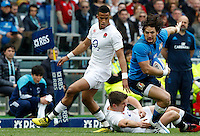 Rugby, Torneo delle Sei Nazioni: Italia vs Inghilterra. Roma, 14 febbraio 2016.<br /> Italy's Michele Campagnaro, right, is challenged by England's Anthony Watson, left, and Owen Farrell, during the Six Nations rugby union international match between Italy and England at Rome's Olympic stadium, 14 February 2016.<br /> UPDATE IMAGES PRESS/Riccardo De Luca