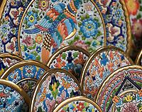 ESP, Spanien, Andalusien, Córdoba: Keramiken, Teller   ESP, Spain, Andalusia, Córdoba: ceramics, plates