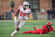 College Park, MD - NOV 12, 2016: Ohio State Buckeyes running back Mike Weber (25) in action during game between Maryland and Ohio State at Capital One Field at Maryland Stadium in College Park, MD. (Photo by Phil Peters/Media Images International)