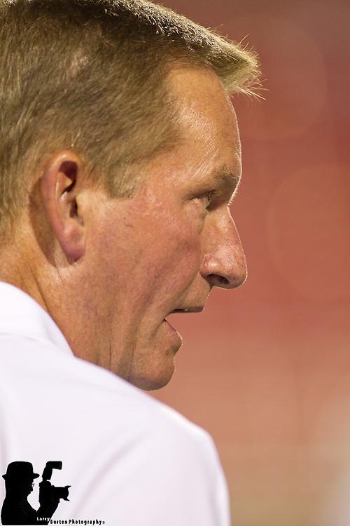 2011 Las Vegas Locos UFL scrimmage to narrow team down to 53 players