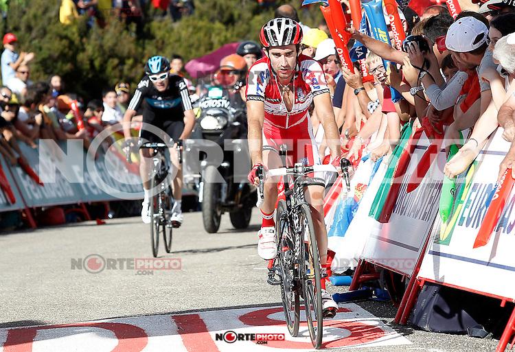 Daniel Moreno (r) and Christopher Froome during the stage of La Vuelta 2012 between Palas de Rei and Puerto de Ancares.September 1,2012. (ALTERPHOTOS/Acero) /Nortephoto.com<br /> <br /> **CREDITO*OBLIGATORIO** <br /> *No*Venta*A*Terceros*<br /> *No*Sale*So*third*<br /> *** No*Se*Permite*Hacer*Archivo**<br /> *No*Sale*So*third*