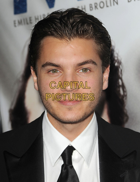 "EMILE HIRSCH .The Focus Features L.A. Premiere of ""MILK"" held at The Academy in Beverly Hills, California, USA. .November 13th, 2008                                                                     headshot portrait stubble facial hair .CAP/DVS.©Debbie VanStory/Capital Pictures."