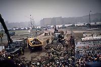 Berlino, 9 Novembre, 1989. Abbattimento del Muro di Berlino.Ph. Antonello Nusca/Buenavista photo