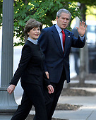 Washington, D.C. - May 6, 2007 -- United States President George W. Bush and first lady Laura Bush arrive at St. John's Church for Sunday services in Washington, D.C. on Sunday, May 6, 2007.<br /> Credit: Ron Sachs / Pool via CNP