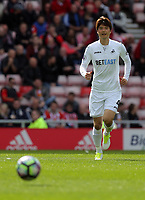 Ki Sung-Yueng of Swansea City during the Premier League match between Sunderland and Swansea City at the Stadium of Light, Sunderland, England, UK. Saturday 13 May 2017