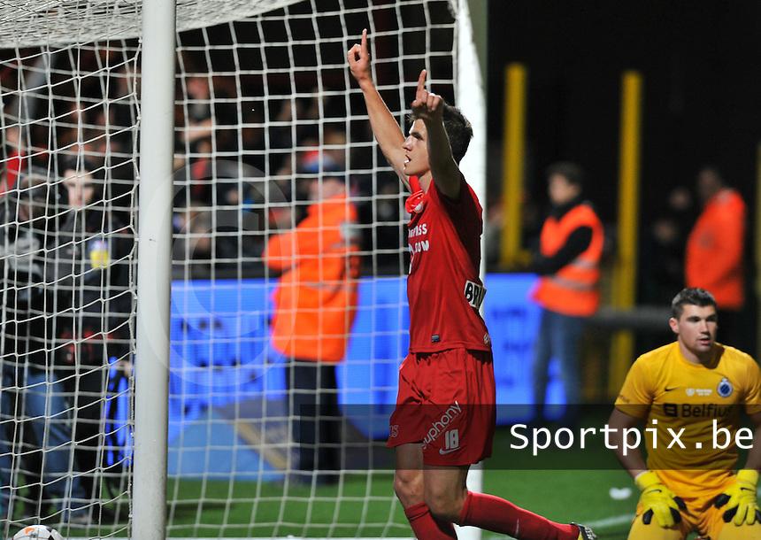 KV Kortrijk - Club Brugge KV : Ivan Santini viert de 3-1 voor Kortrijk <br /> foto VDB / Bart Vandenbroucke