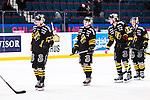 Stockholm 2014-01-18 Ishockey SHL AIK - F&auml;rjestads BK :  <br /> AIK:s Fredrik Hynning , AIK:s Dennis Nordstr&ouml;m och AIK:s Brett Carson deppar efter matchen<br /> (Foto: Kenta J&ouml;nsson) Nyckelord:  depp besviken besvikelse sorg ledsen deppig nedst&auml;md uppgiven sad disappointment disappointed dejected