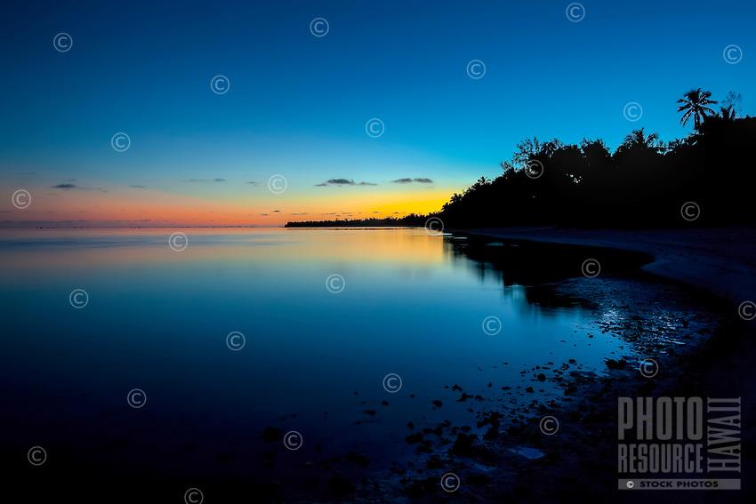 Sunrise at Amuri beach, Aitutaki Island, Cook Islands.