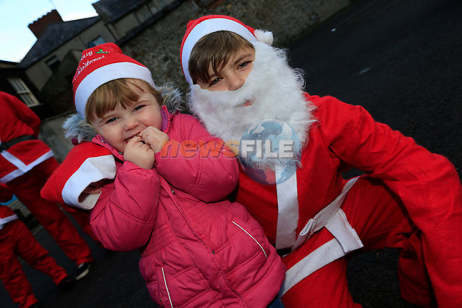 Jake and Katelin Holland at the Drogheda Christmas Bonanza santa parade<br /> Picture: Fran Caffrey www.newsfile.ie